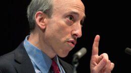 SEC продолжит применять принудительные меры в отношении криптовалют